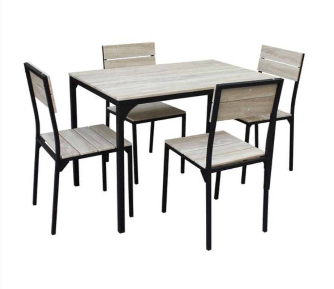 Ensemble table + 4 chaises Edison Noir et Imitation chêne - L110 x H75,5 x l70