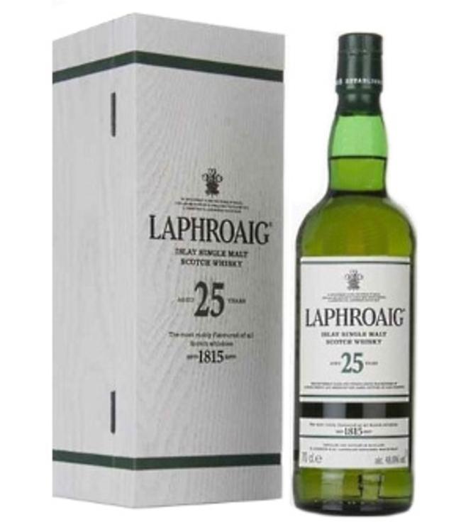 Whisky Laphroaig cask strength 25 ans (whiskysite.nl)