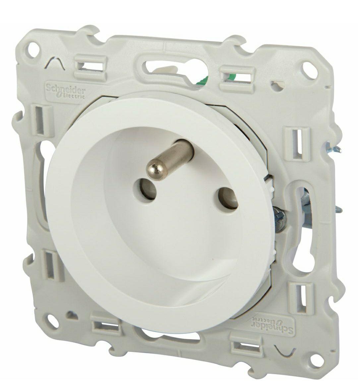 Prise électrique 2P+T Schneider Odace - Blanc (elec44.fr)