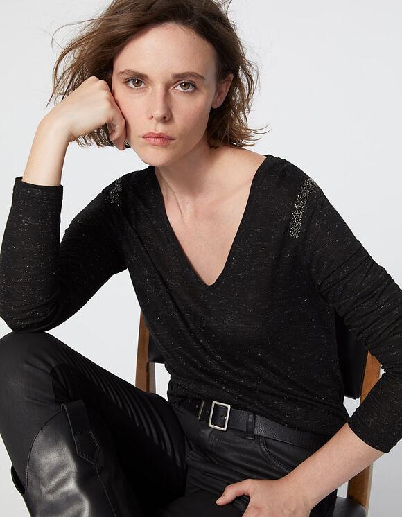 Sélection d'articles en promo et livraison gratuite - Ex : Tee-shirt col V noir maille jersey bijoux épaules femme