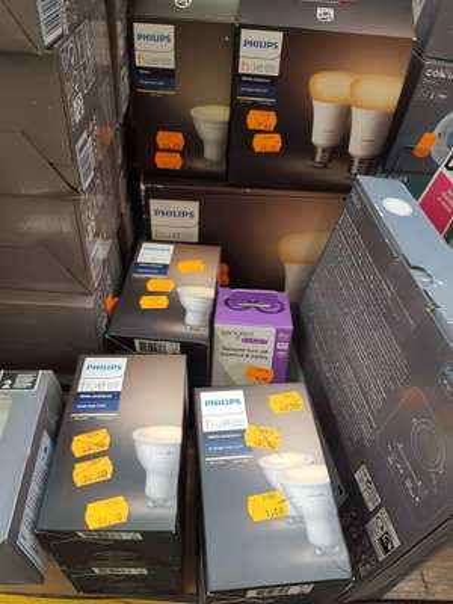 Sélection d'articles Philips Hue en promotion - Ex : ampoules LED GU10 Single Bulb White Ambiance - Jouy-aux-Arches (57)