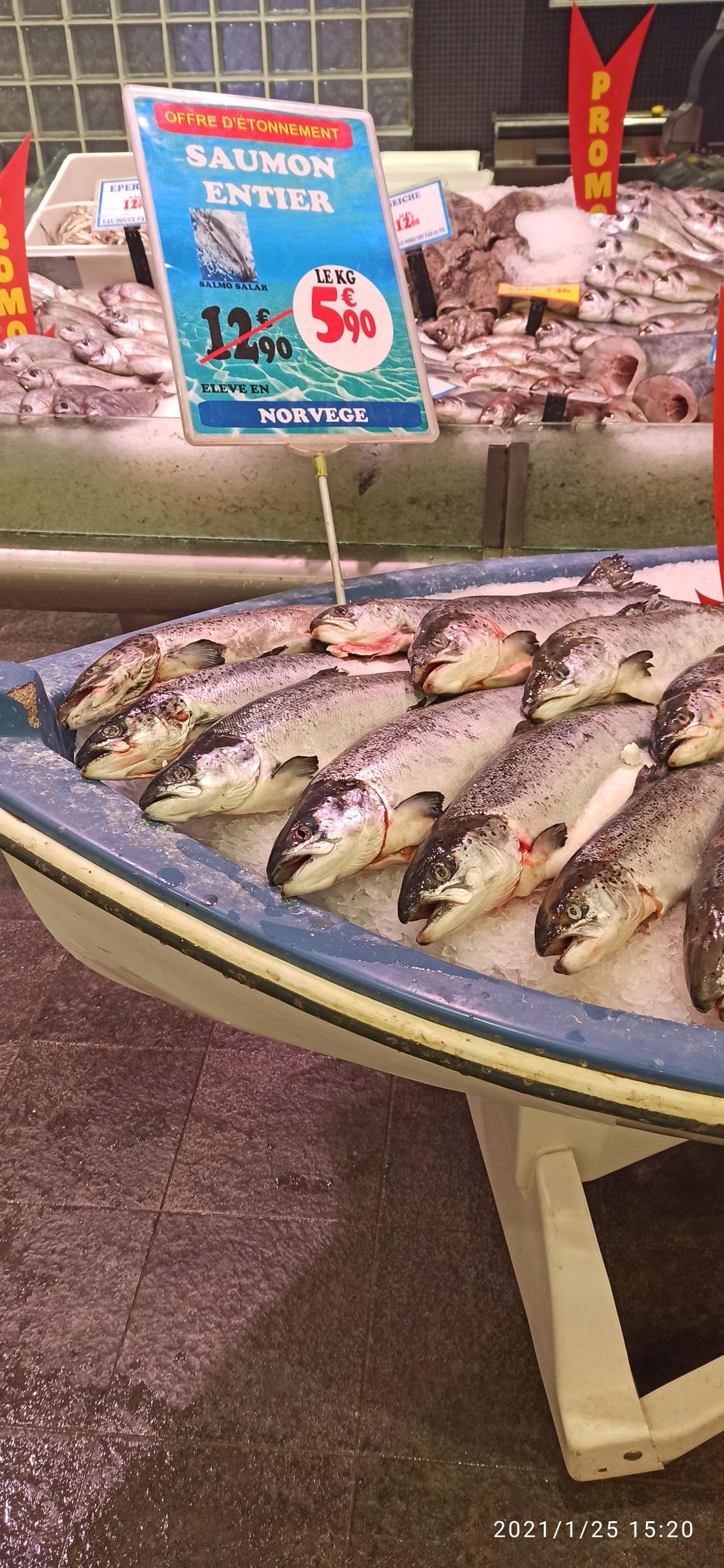 Sélection de poissons en promotion - Ex: Saumon entier - le kg (origine Norvège) - Villeparisis (77)