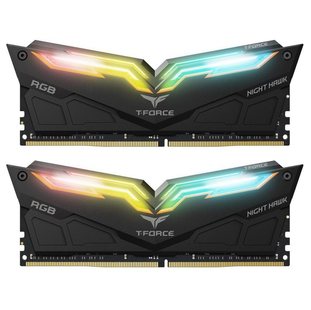 Kit mémoire RAM T-Force Night Hawk RGB - 32 Go (2 x 16 Go), DDR4, 3000 MHz, CAS 16 (Noir)