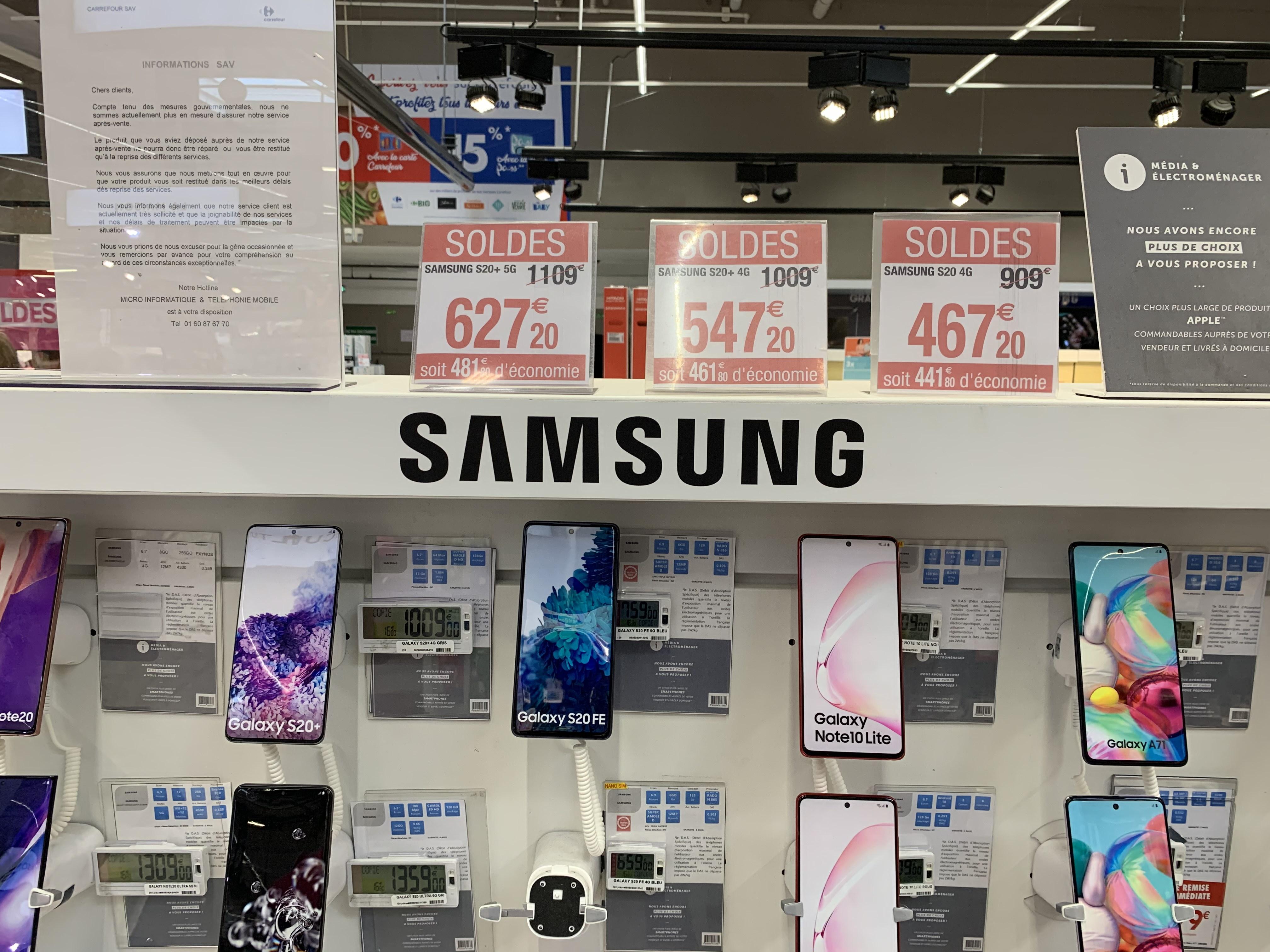 """Smartphone 6.2"""" Samsung Galaxy S20 4G - WQHD+, Exynos 990, 8 Go RAM, 128 Go"""