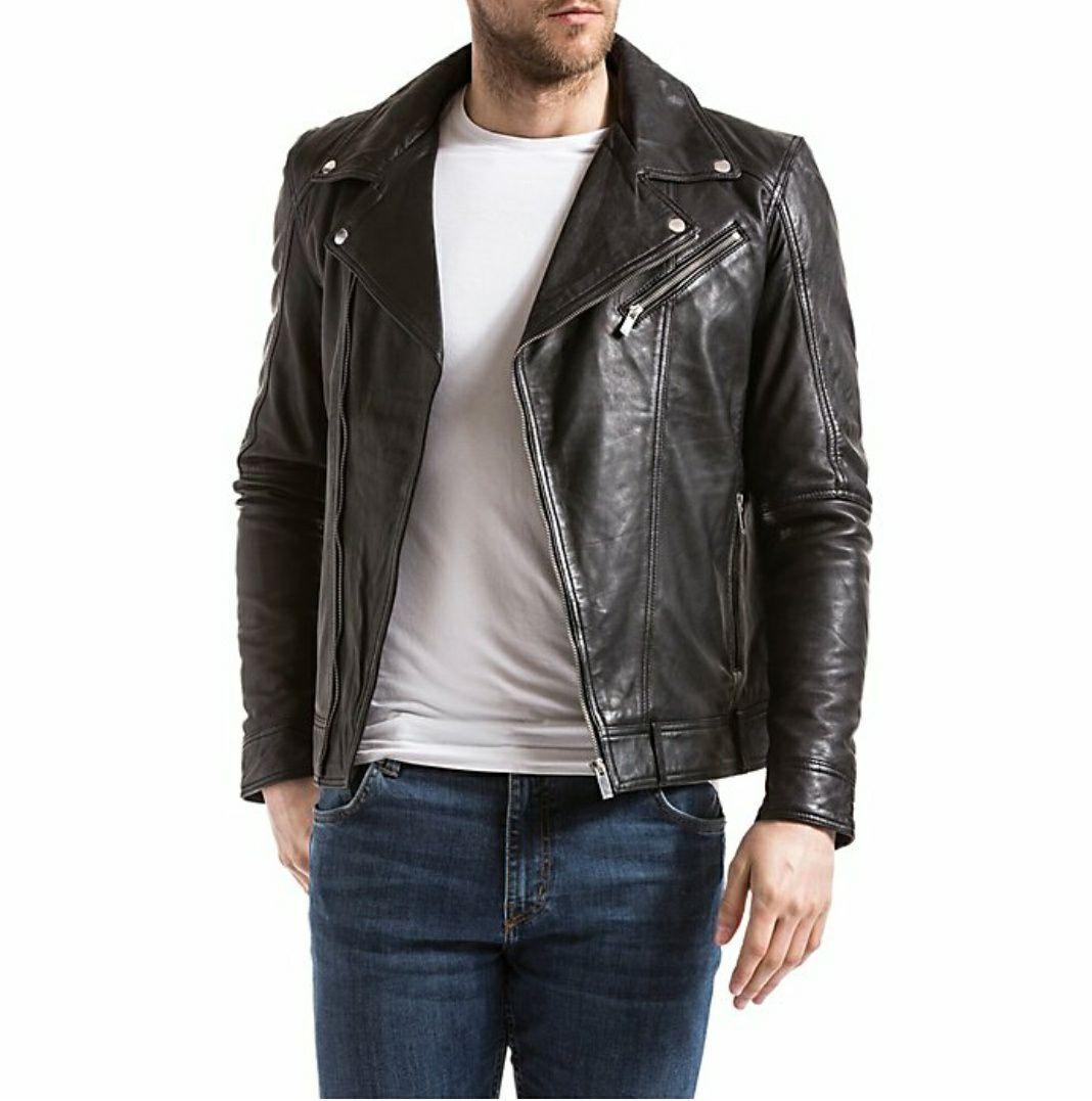 Sélection de vestes en promotion - Ex: Veste courte en cuir noir