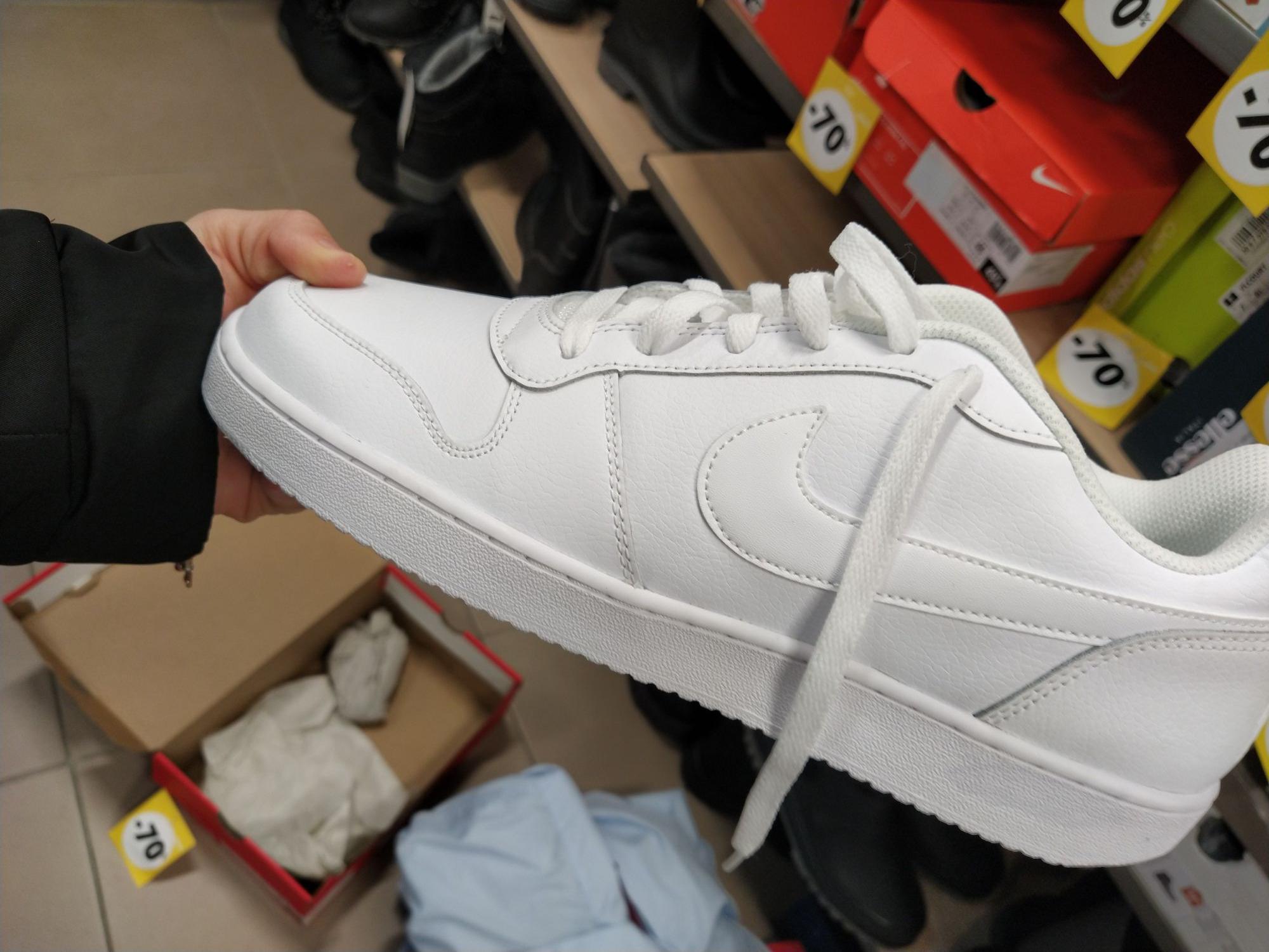 Baskets Nike Ebernon Low - Blanc (Plusieurs tailles) - Audincourt (25)