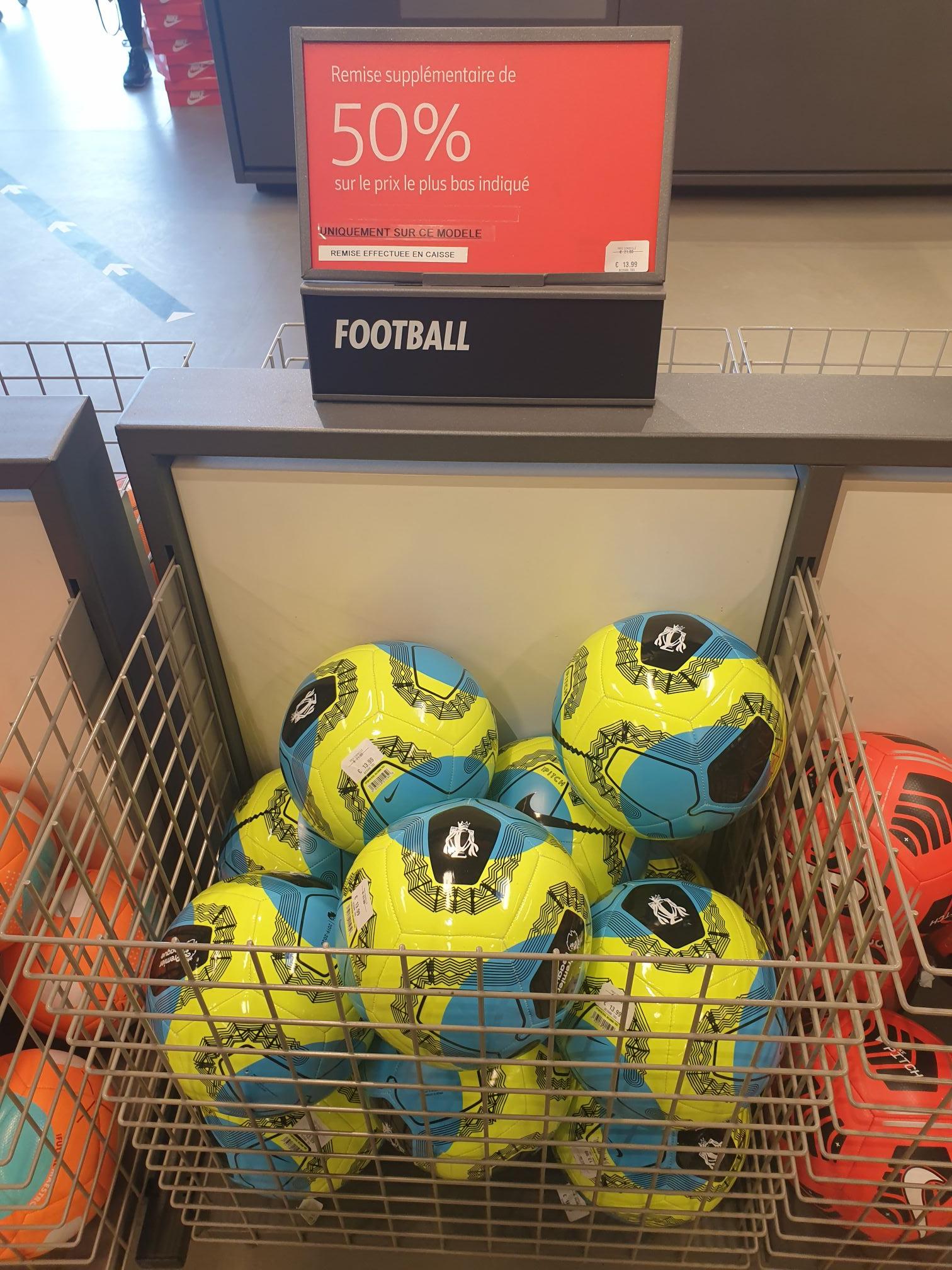 Ballon de Football Nike Premier League - Marques Avenue Talange (57)