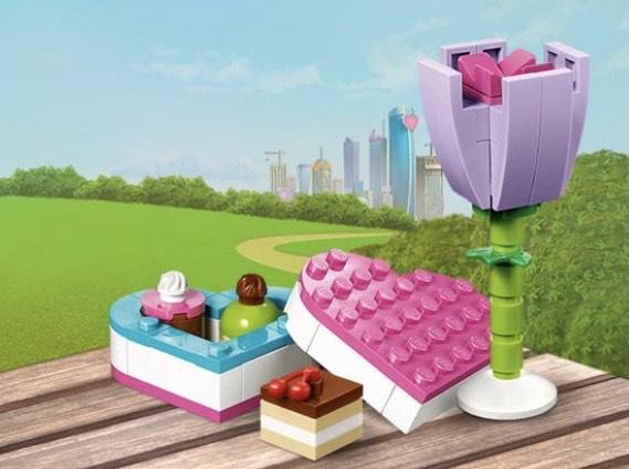 LEGO offert : La boîte de chocolats et une fleur (dès 40€ d'achat)