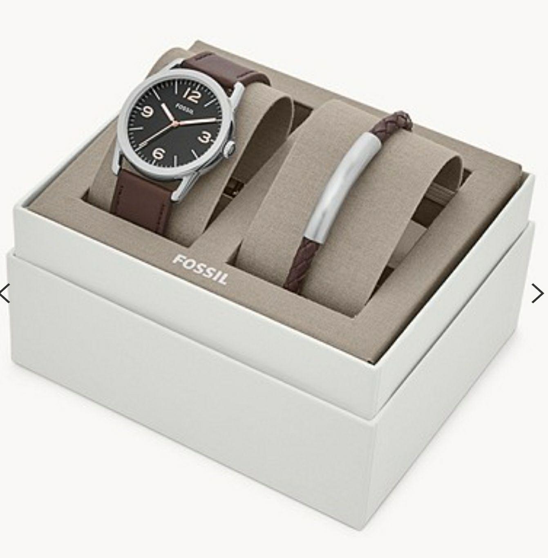 Coffret cadeau avec montre Fossil Ledger à trois aiguilles et bracelet en cuir brun
