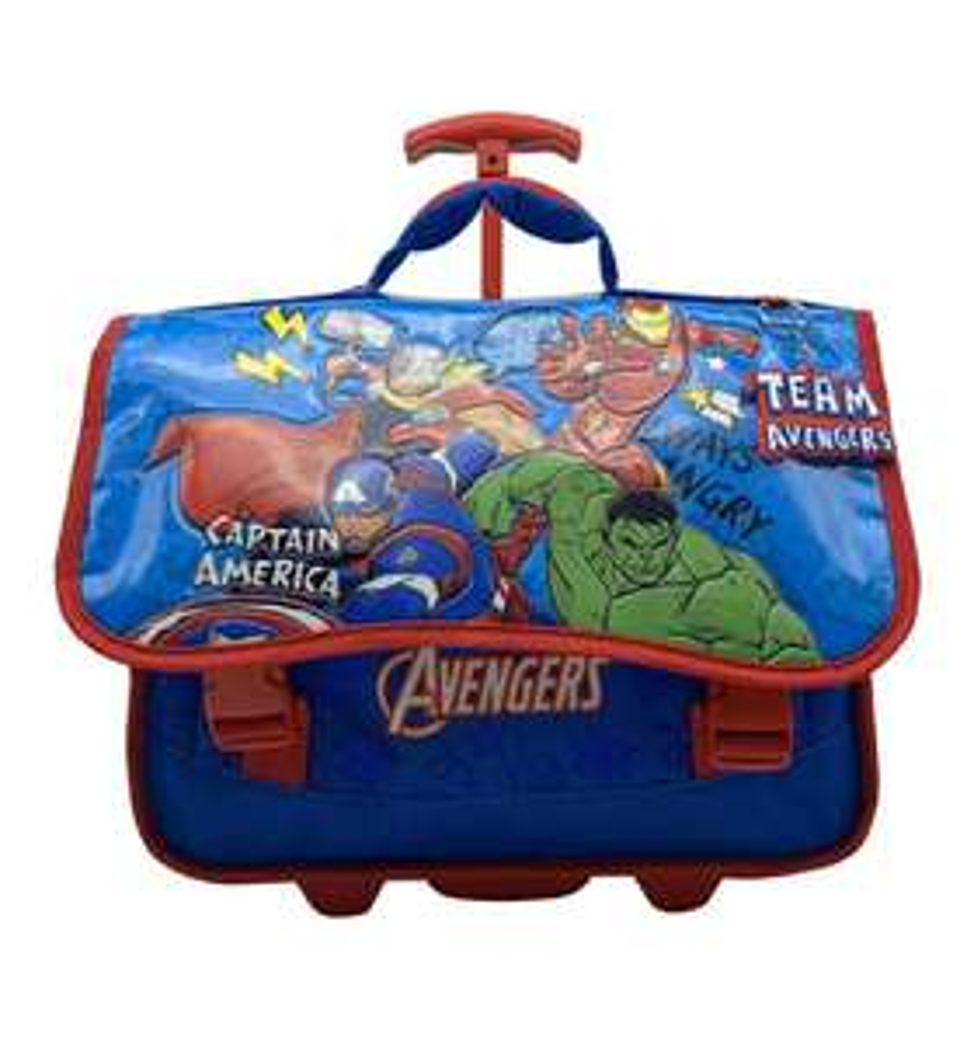 Sélection de cartables en promotion - Ex : Cartable à roulettes Avengers