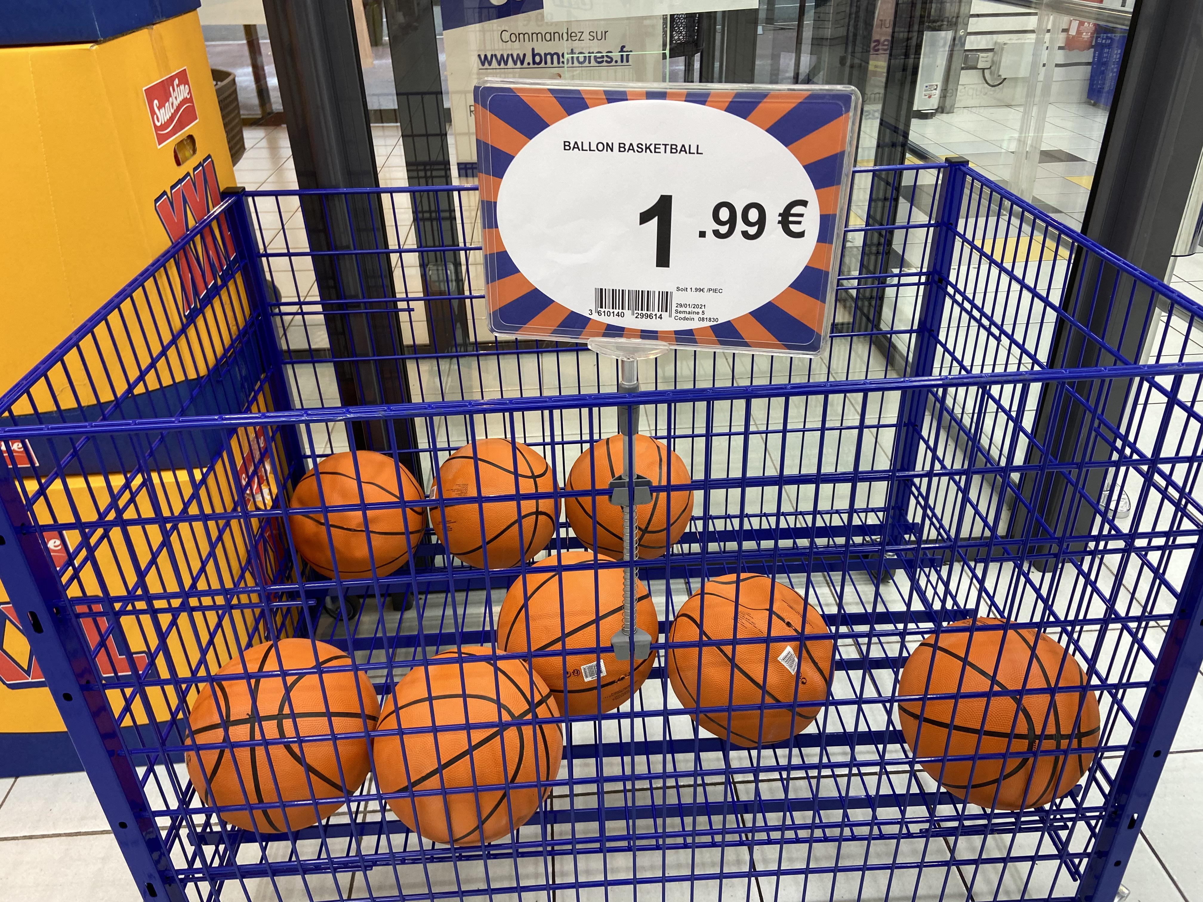 Ballon de basketball - Corbeil-Essonnes (91)