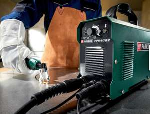 Sélection d'outils - Ex : Découpeur plasma ParkSide PPS 40 B2