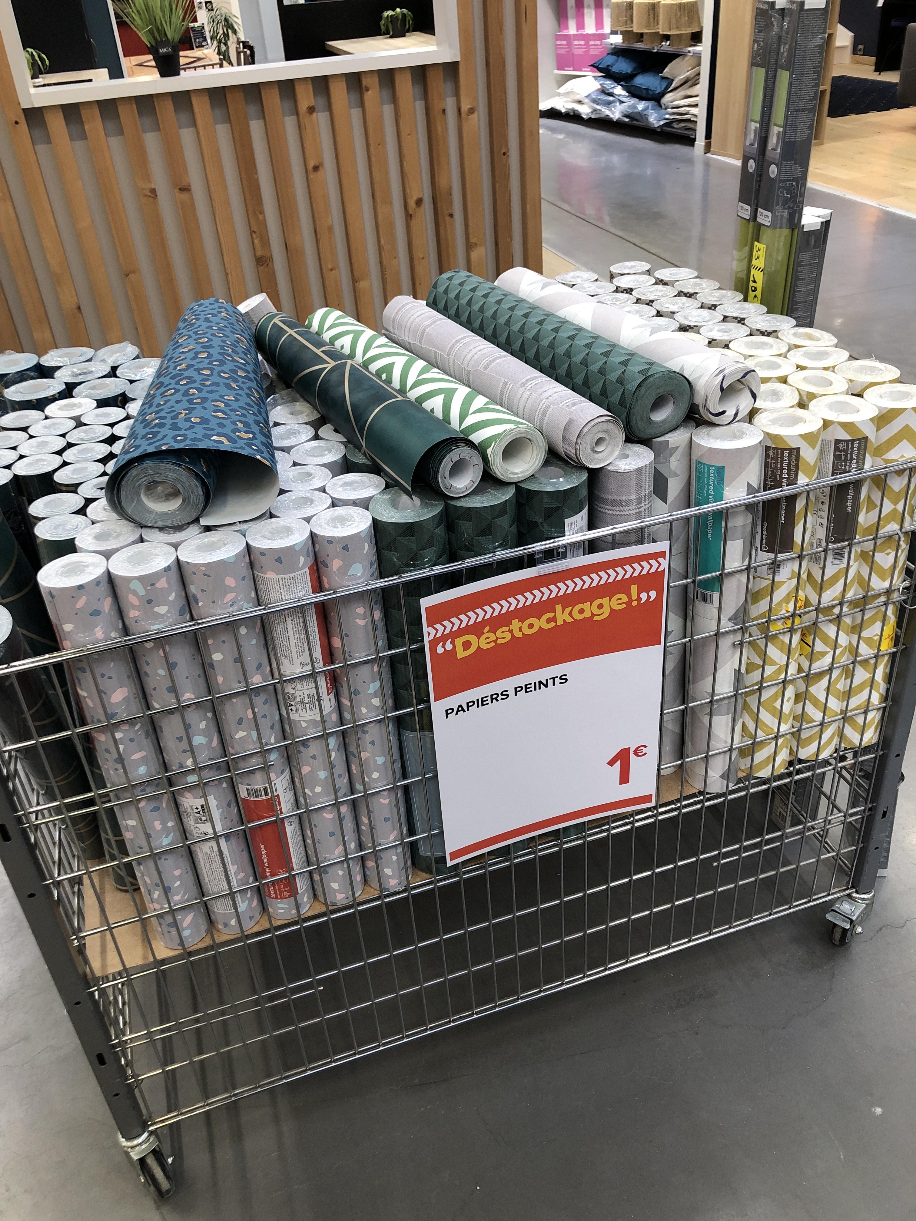 Ensemble de papier peint à 1€ - Castorama les ulis (91)