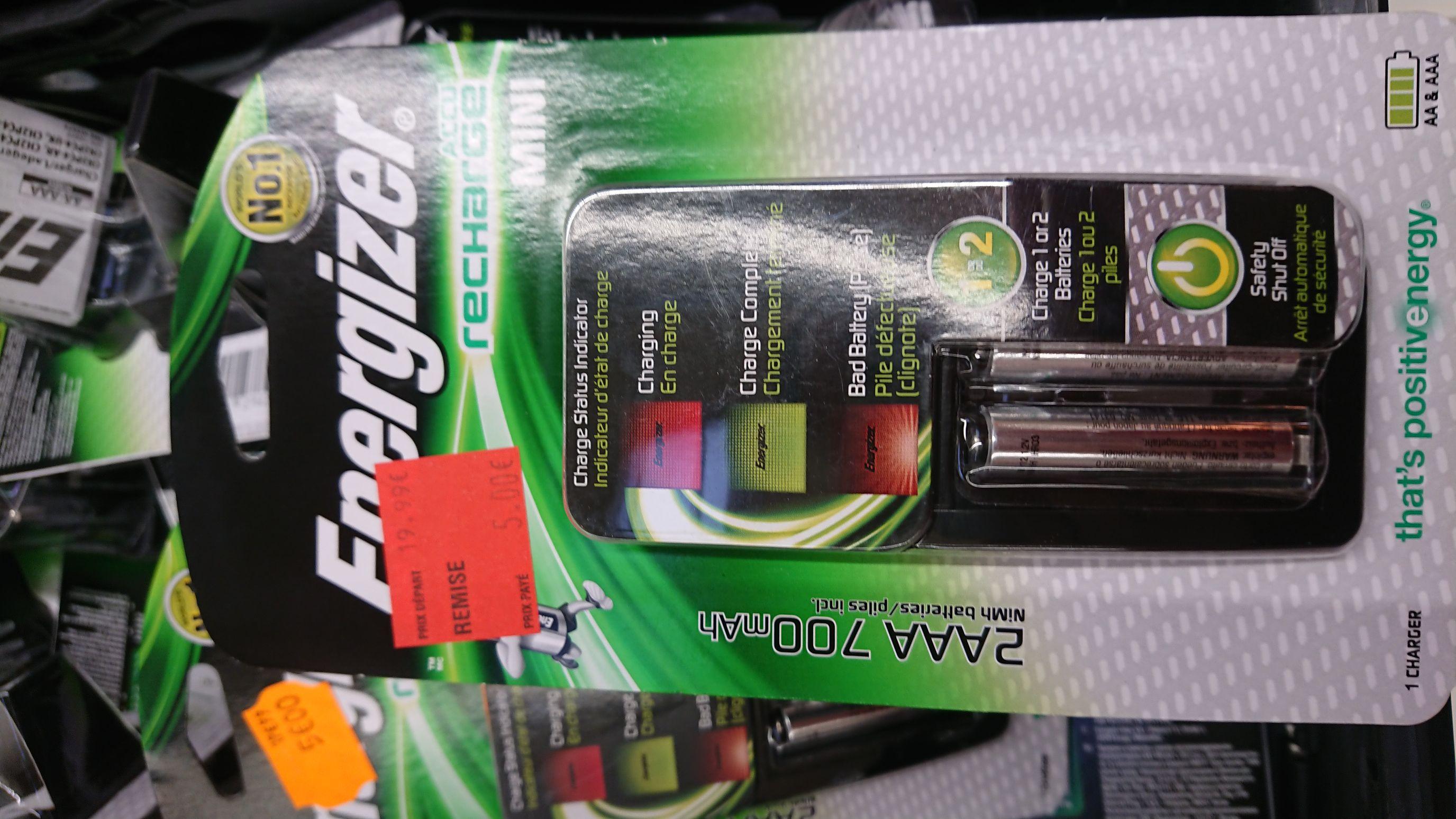Chargeur de piles Energizer Accu Recharge Mini AA & AAA + 2 accus AAA inclus - Mérignac (33)