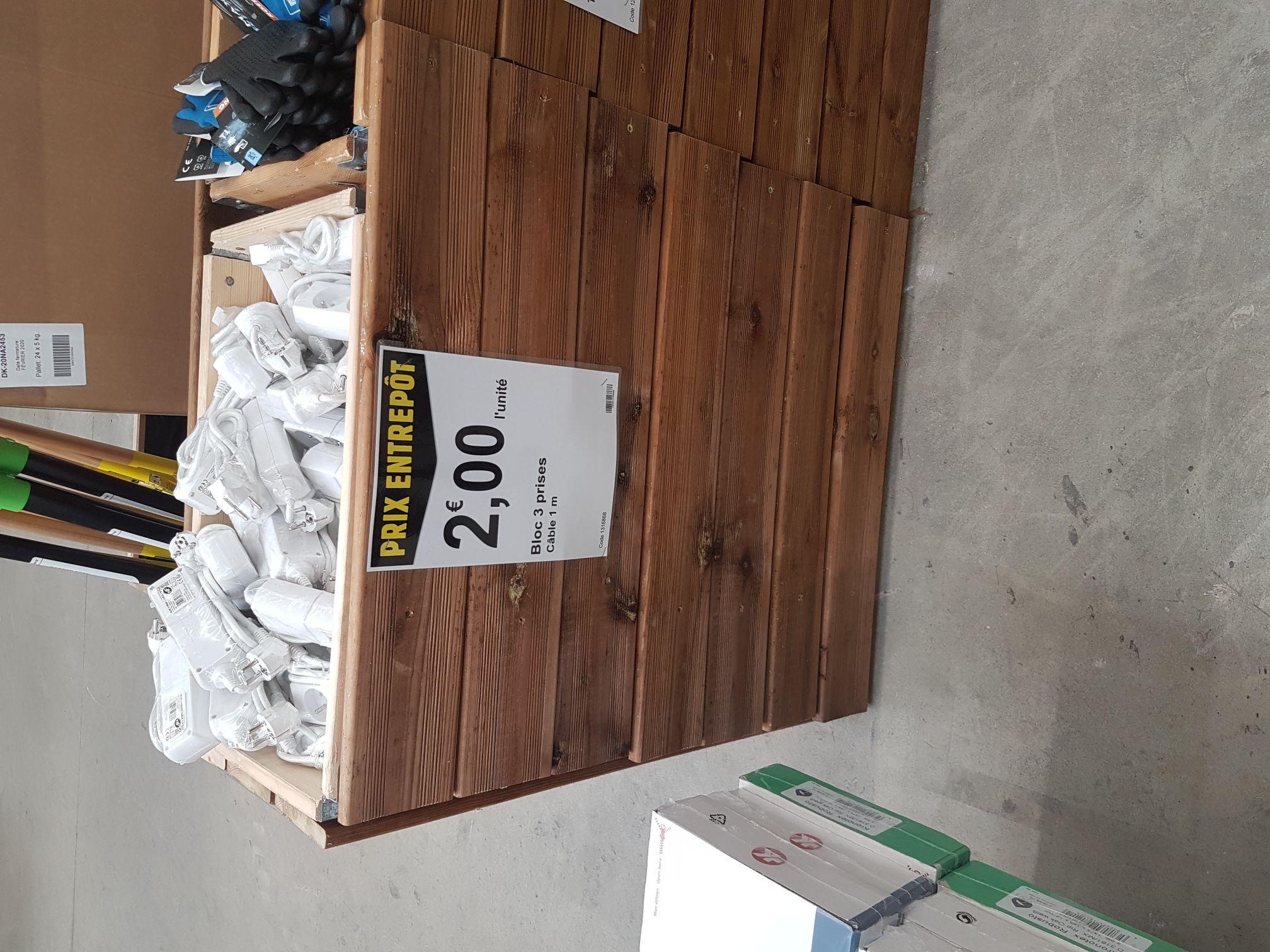 Bloc multri-prises (3 prises, câble 1 m) - L'Entrepôt du Bricolage Drumettaz-Clarafond (73)