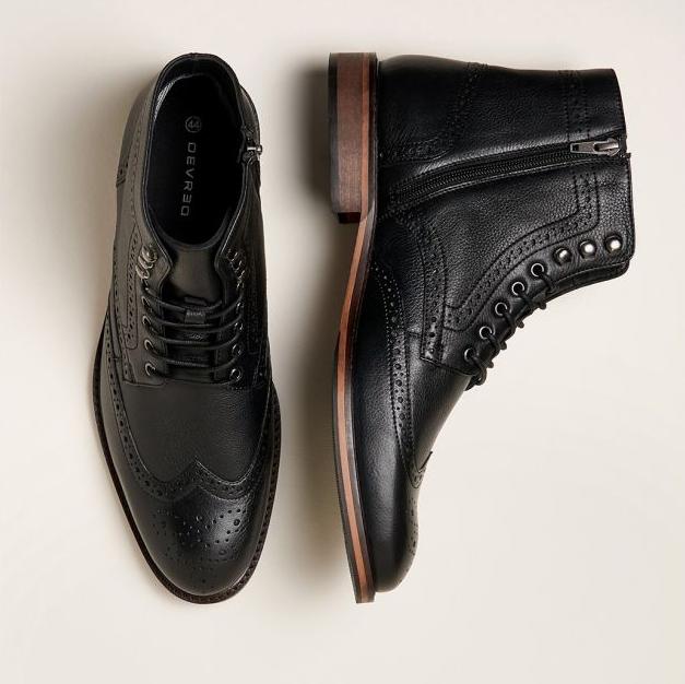 2 paires de chaussures parmi une sélection pour 60€