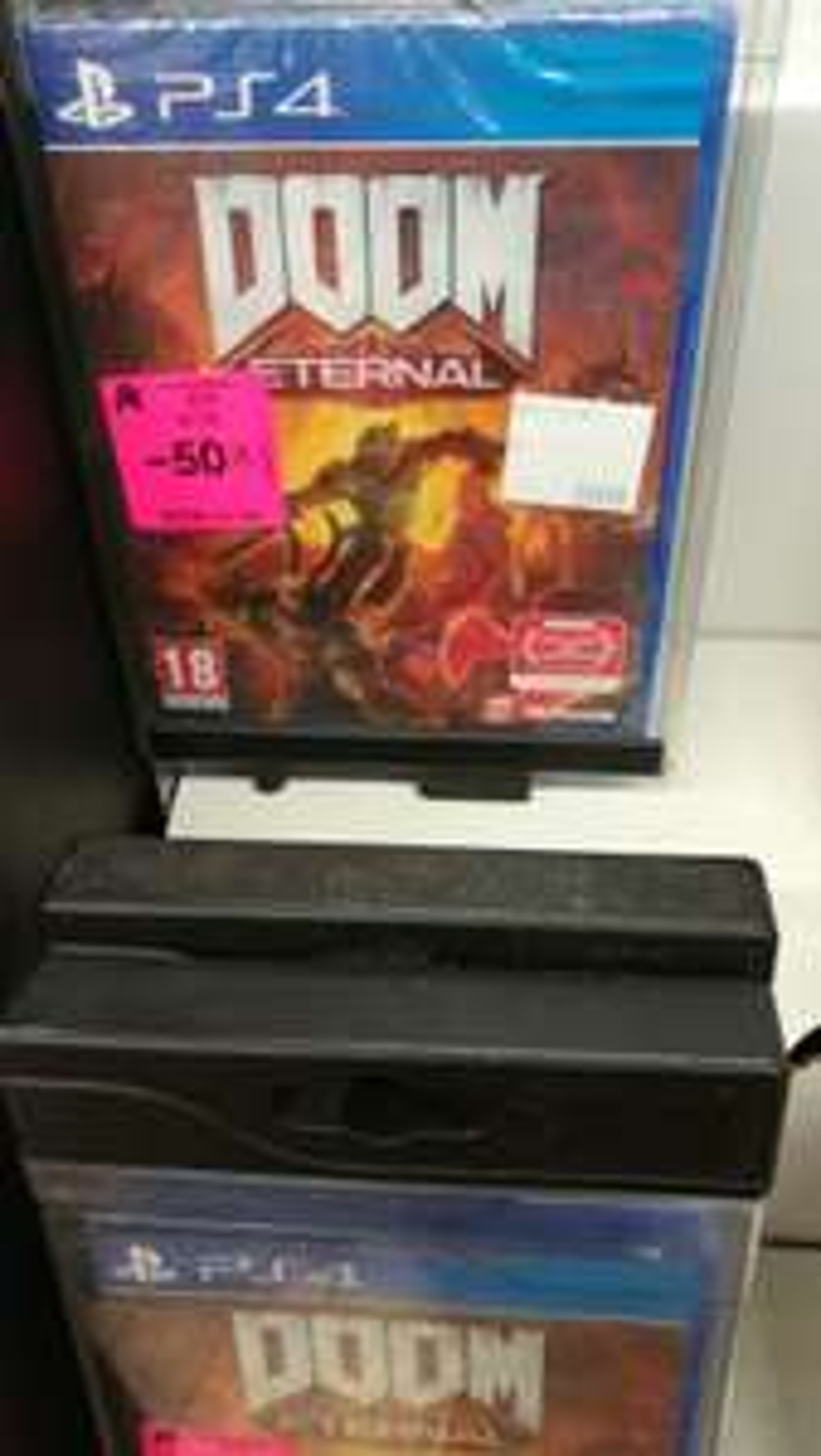 Jeu Doom Eternal sur PS4 - Béziers (34)