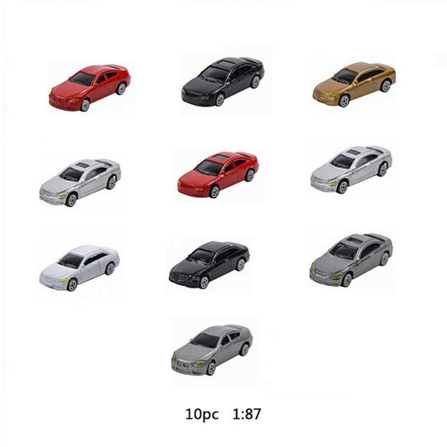 Lot de 10 voitures miniatures (Frais de port inclus)