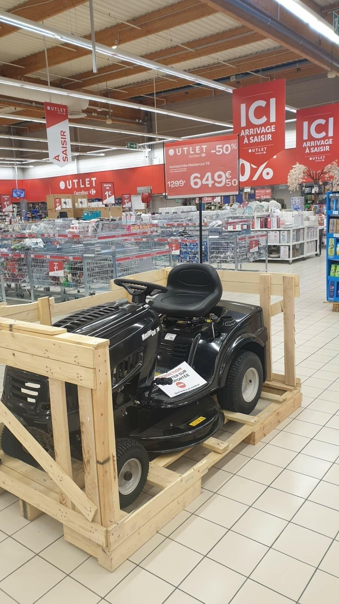Tracteur tondeuse autoportée Mastercut 76 (382 cm³, 76 cm) - Vaulx-en-Velin (69)