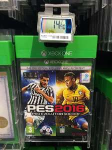 Pro Evolution Soccer (PES) 2016 - Edition Day One sur  PS4 / Xbox One