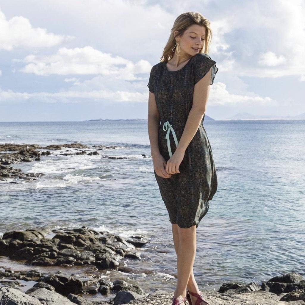 Patron de couture PDF Robe Genova gratuit (dématérialisé) - LaMaisonVictor.com