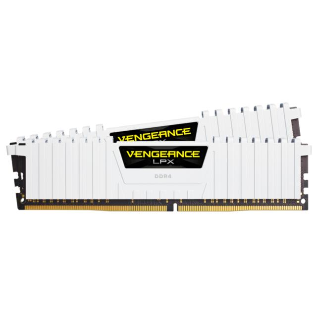 Kit de Mémoire RAM PC DDR4 Corsair Vengeance - 16 Go (2 x 8 Go), 3000MHz, CAS 16