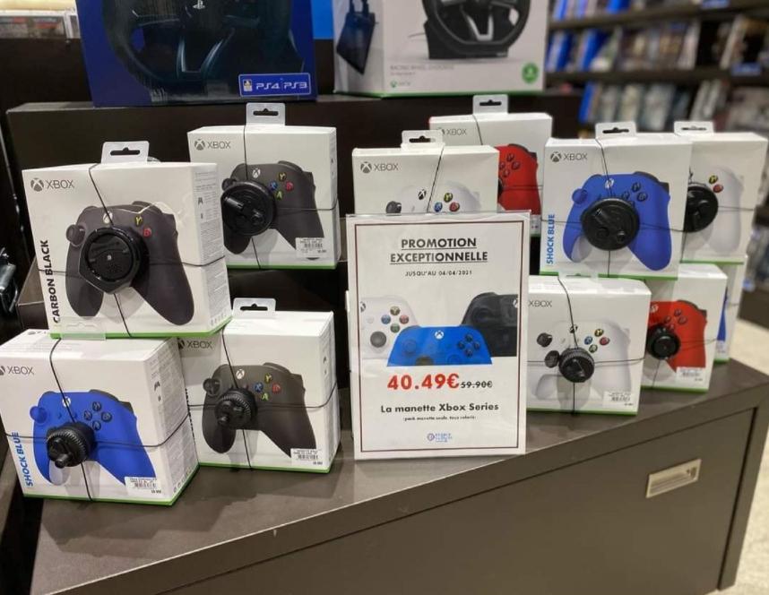 Manette sans fil Microsoft Xbox Series (Magasins participants)