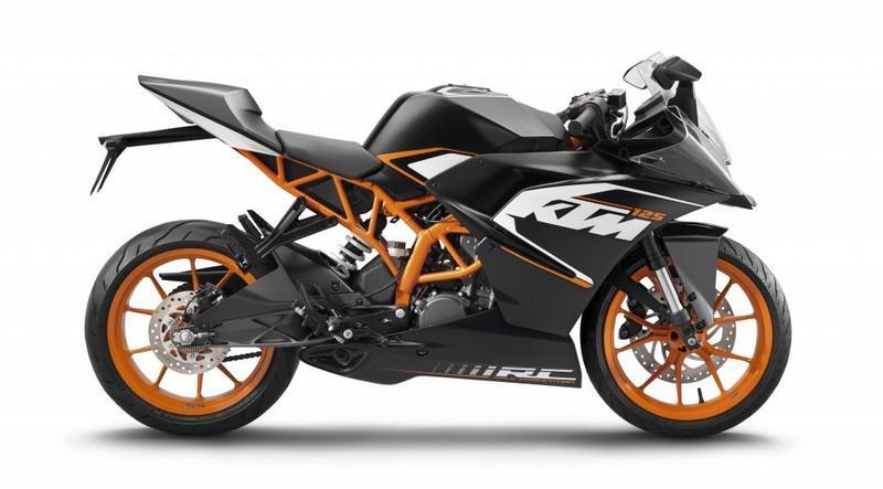 Moto KTM RC 125 cm3 - noire, version 2015