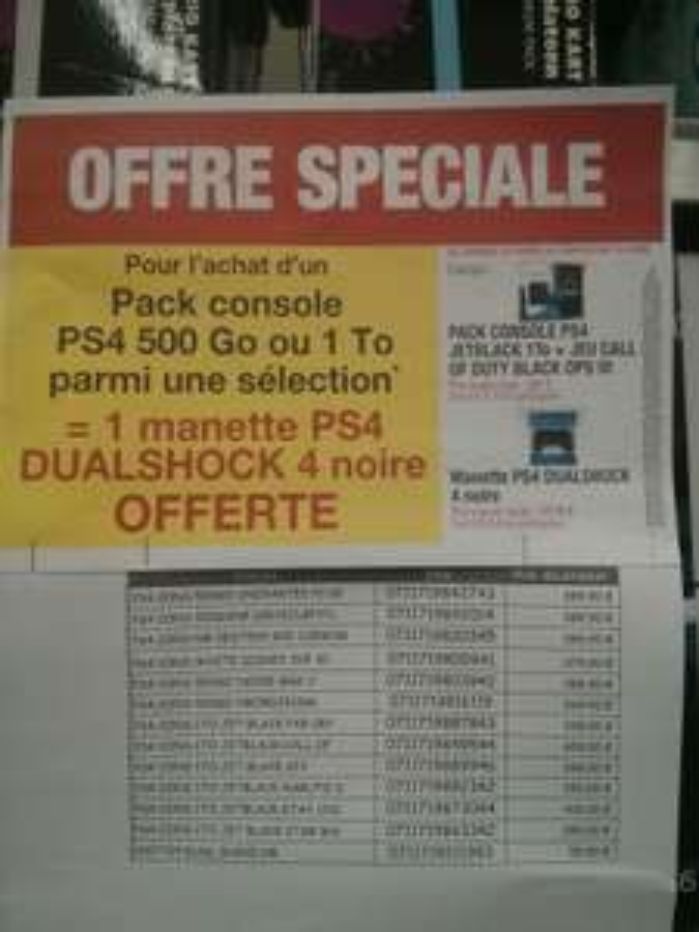 Une 2ème manette offerte pour l'achat d'un pack PS4 de la sélection - Ex : Pack PS4 1 To + Call of Duty