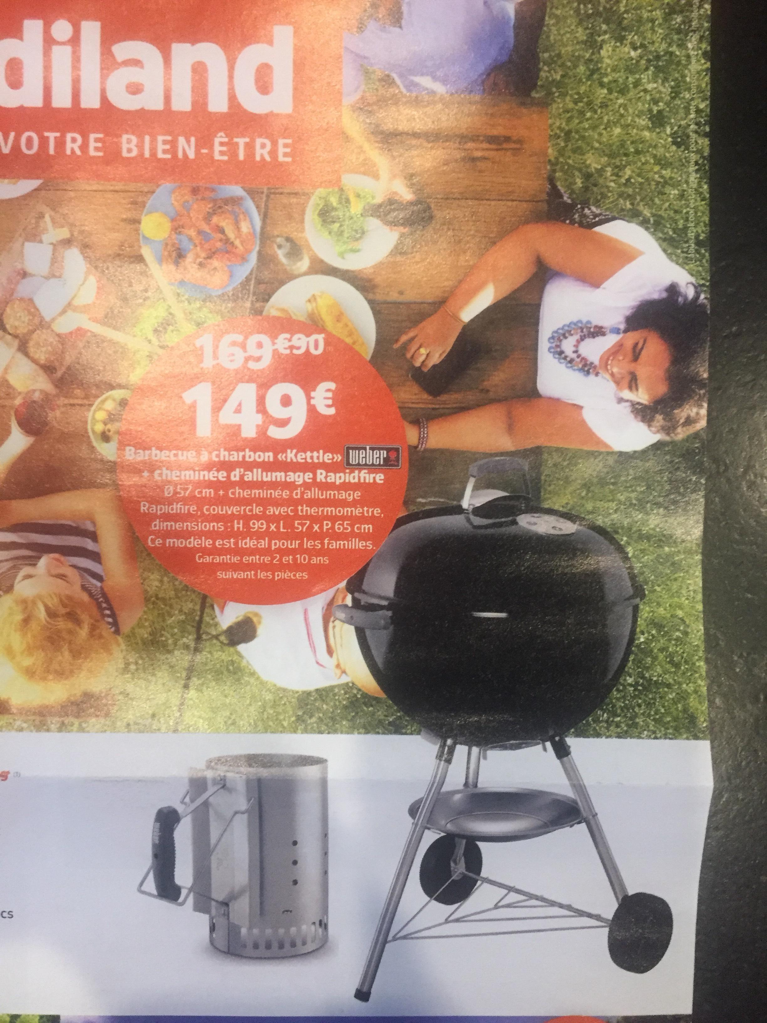 Barbecue à charbon Weber Kettle - 57 cm avec thermomètre & cheminée d'allumage (Magasins Participants)