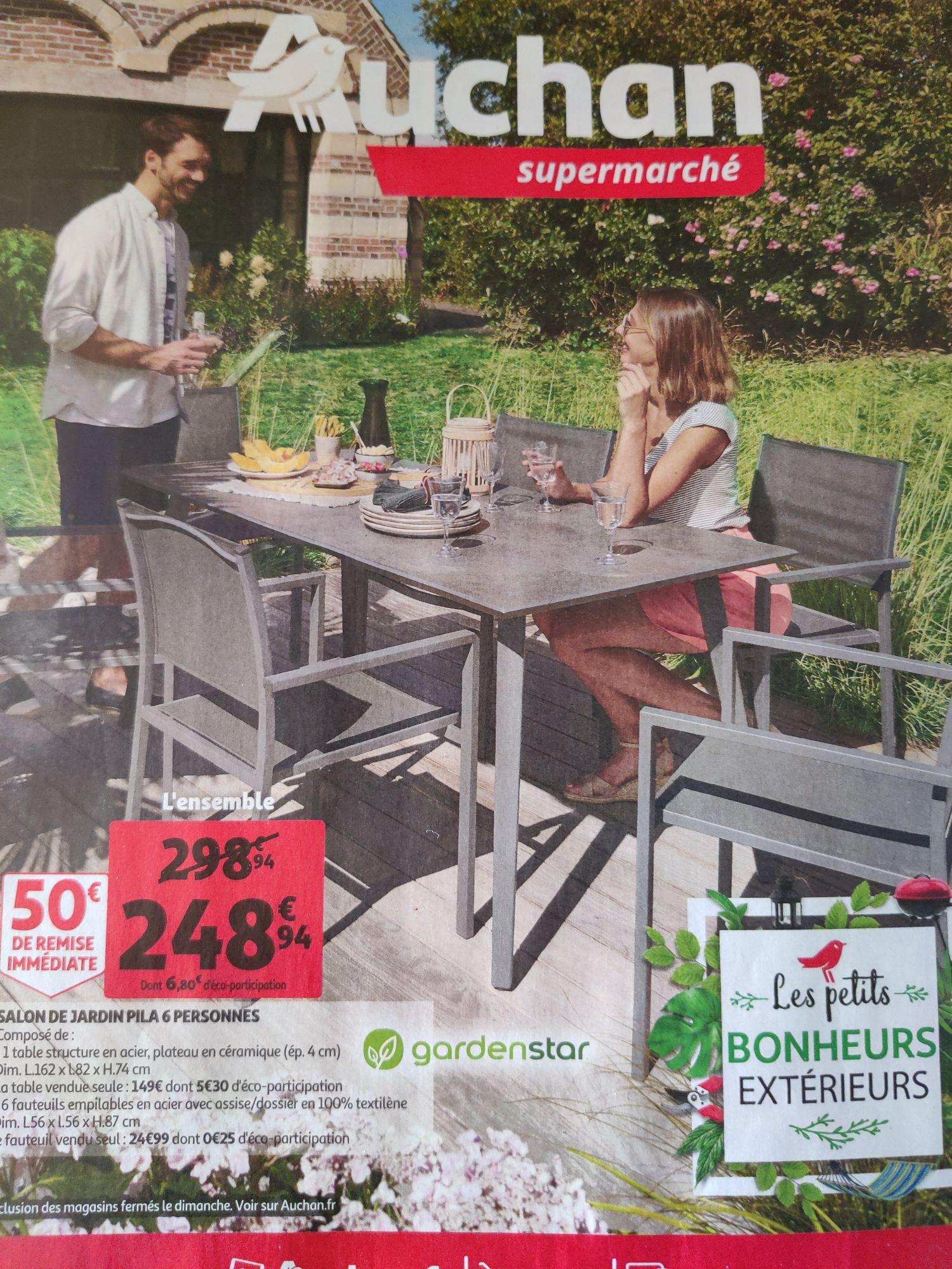 Salon de jardin Pila - 6 personnes : 1 table + 6 fauteuils empilables