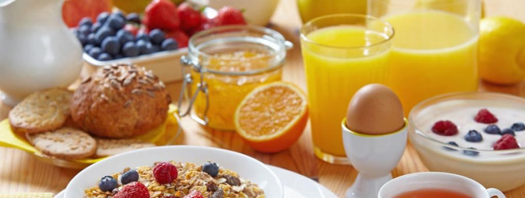 [Étudiants de l'université Paris 2 Panthéon-Assas] Distribution gratuite de petits déjeuners diététiques - Paris (75)