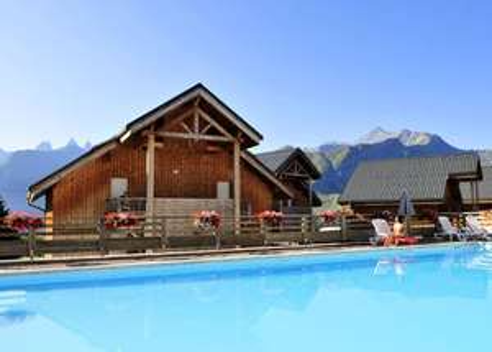 Séjour 14 nuits en Savoie à la Résidence Les Chalets des Marmottes