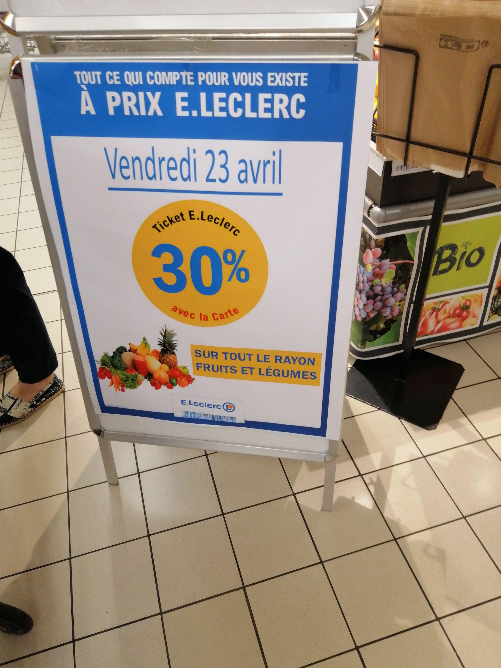 30% offerts sur la carte sur le rayon fruits et légumes - Clisson (44)