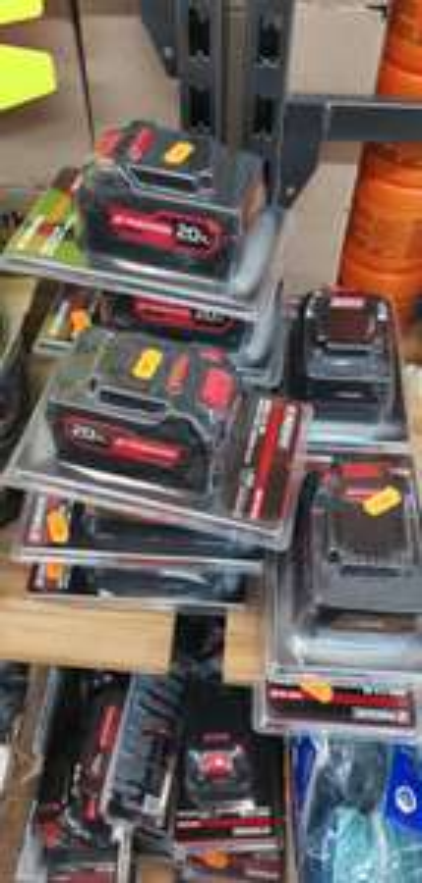 Batterie Parkside 20v 5Ah - Stock Privé Crépy-en-Valois (60)