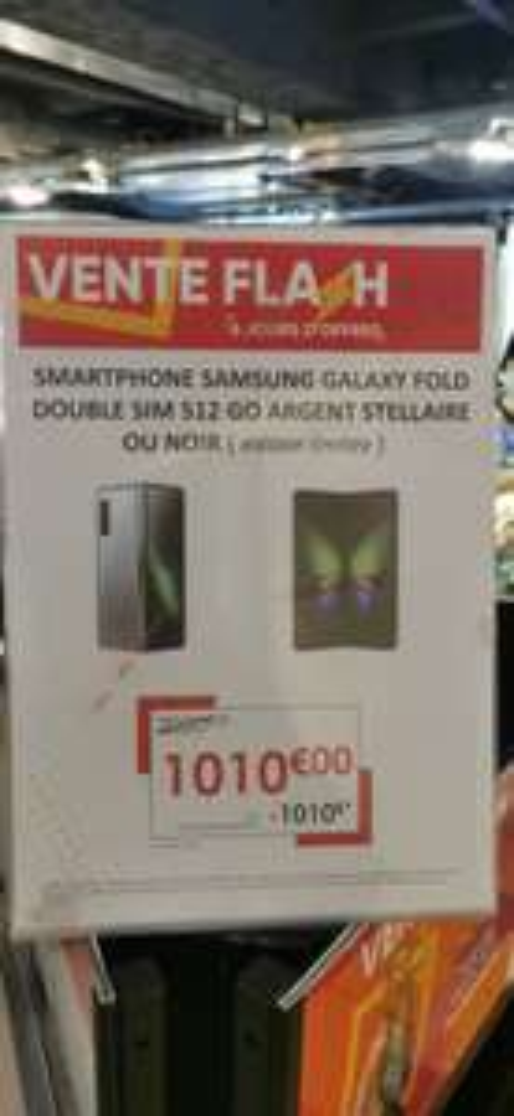 "Smartphone pliable 7.3"" Samsung Galaxy Fold - 12 Go RAM, 512 Go (Nice 06)"