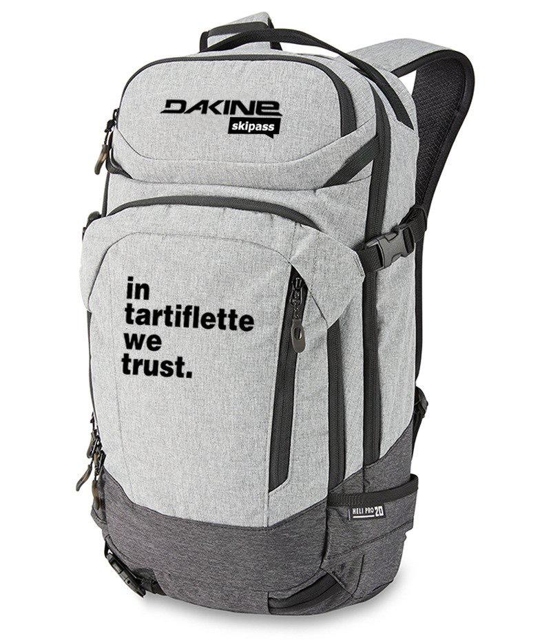 Sélection d'articles en promotion - Ex : Sac Dakine x In Tartiflette We Trust (SkiPass.com)