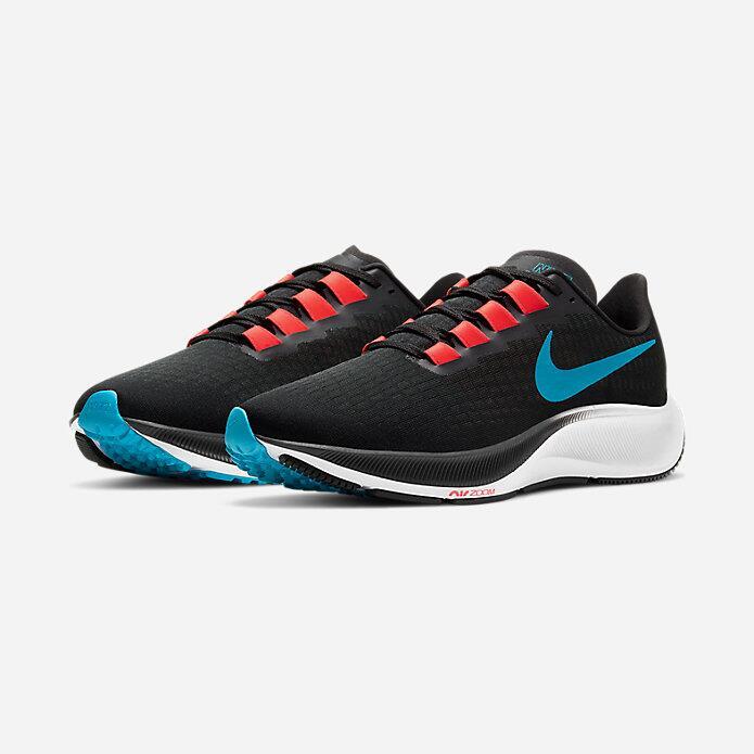 Paire de chaussures NIKE Air Zoom Pegasus 37