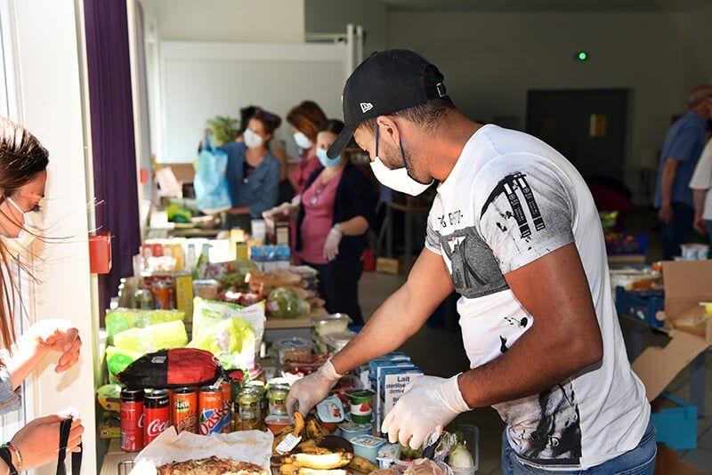 [Étudiants] Distribution gratuite de produits Alimentaires et de produits d'Hygiène - La Rochelle (17)