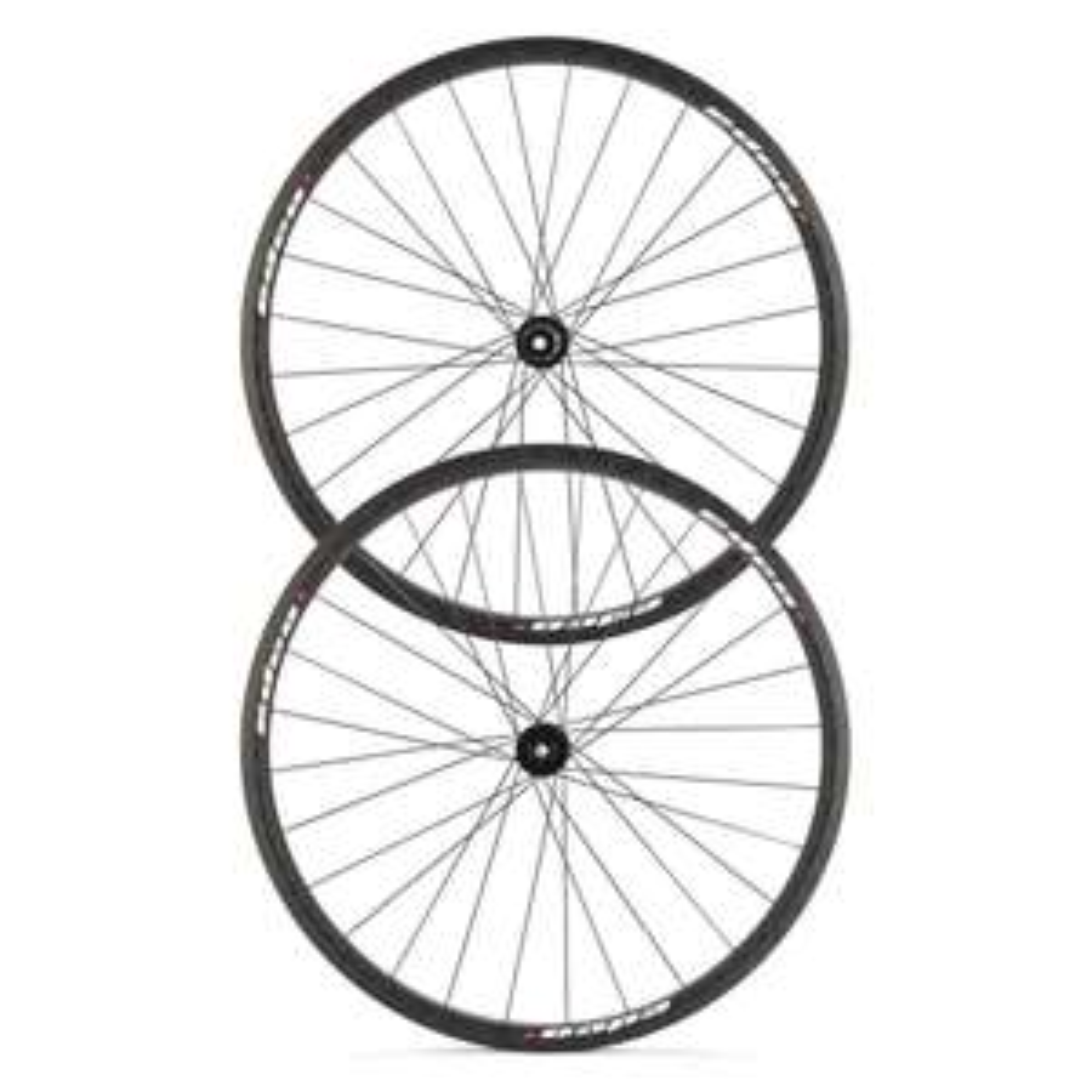 Sélection de roues carbone Edco en promotion - Ex: Edco Julier 28mm Carbon Clincher Disc Brake Wheelset (probikekit.co.uk)