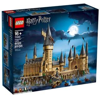 Lego Harry Potter - Château de Poudlard n°71043 (336.36 avec le code NEWSLETTERS)
