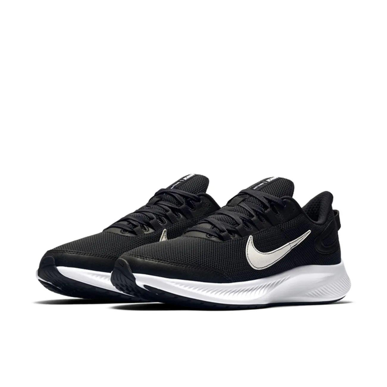 Baskets Nike Run All Day 2 - Tailles au choix