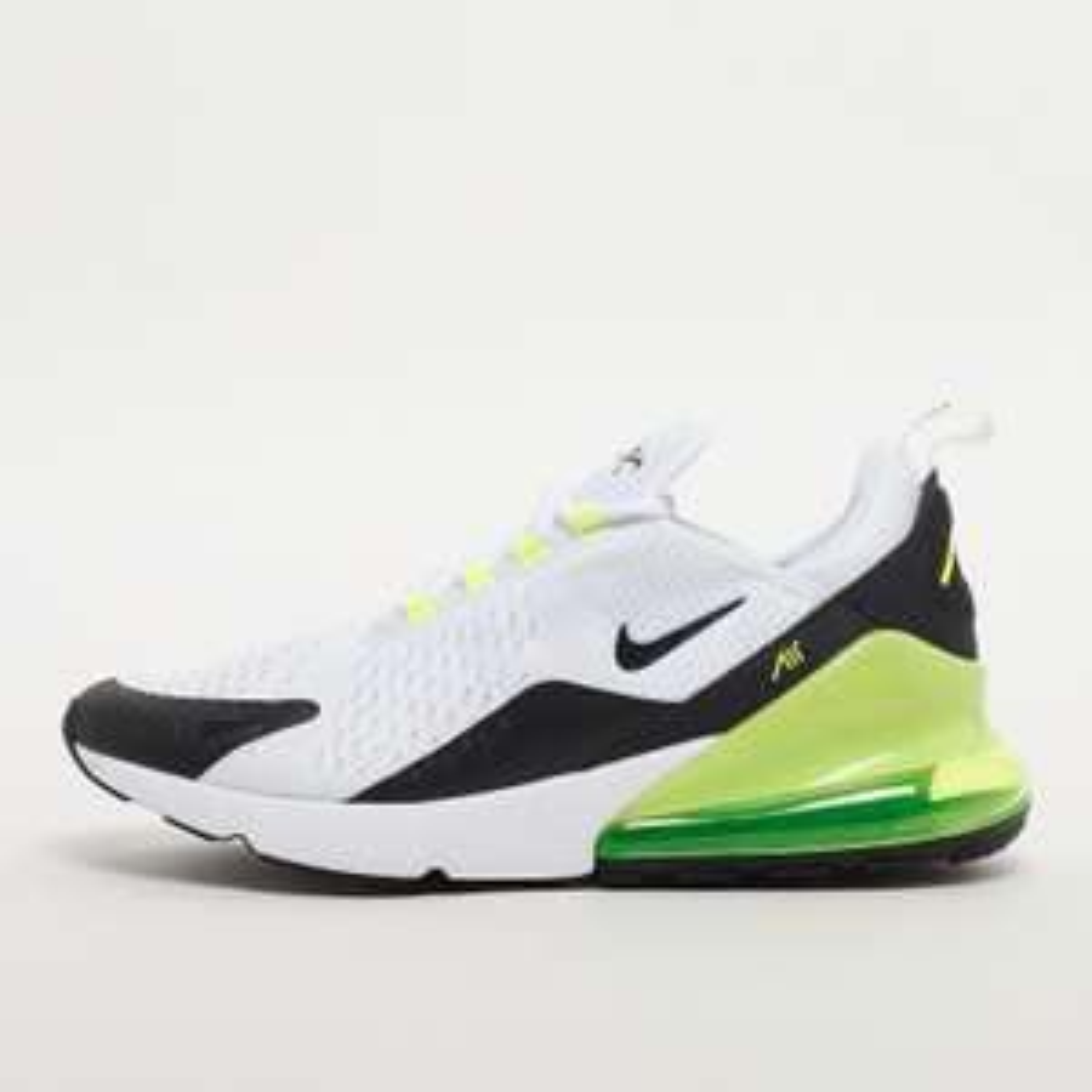 Paire de baskets Nike Air Max 270 - Diverses tailles