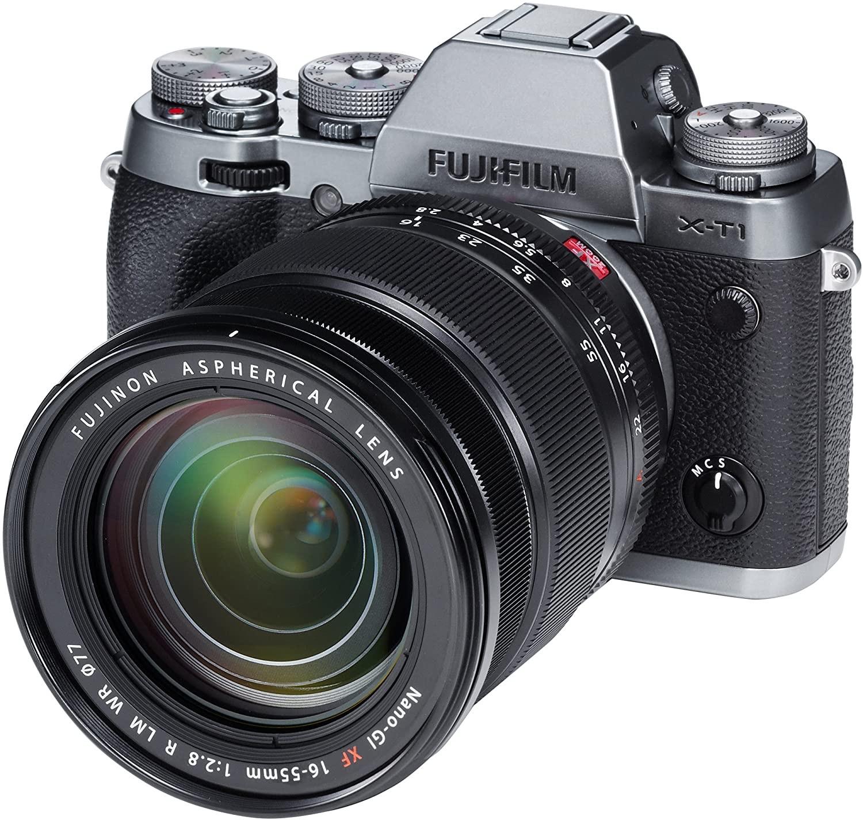Appareil photo numérique hybride Fujifilm X-T4 + Objectif XF 18-55 mm (Frontaliers Suisse)