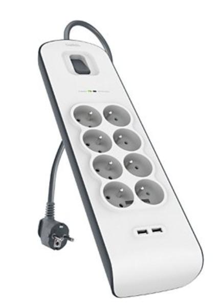 Adaptateur d'alimentation Belkin 8 prises parafoudres + 2 USB (Via remise panier + ODR de 6.76€)