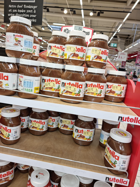 Pot de pâte à tartiner Nutella (1 kg - Date courte) - Longueau Glisy (80)