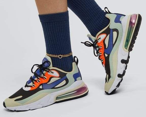 Baskets Nike Air Max 270 React Femme - Tailles du 36.5 au 41 (Différents coloris)
