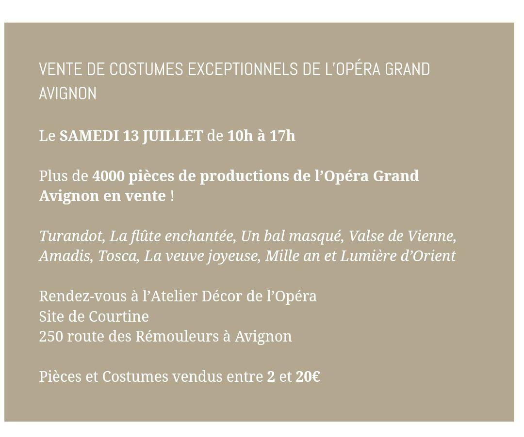 Vente de costumes de l'Opéra d'Avignon (84)