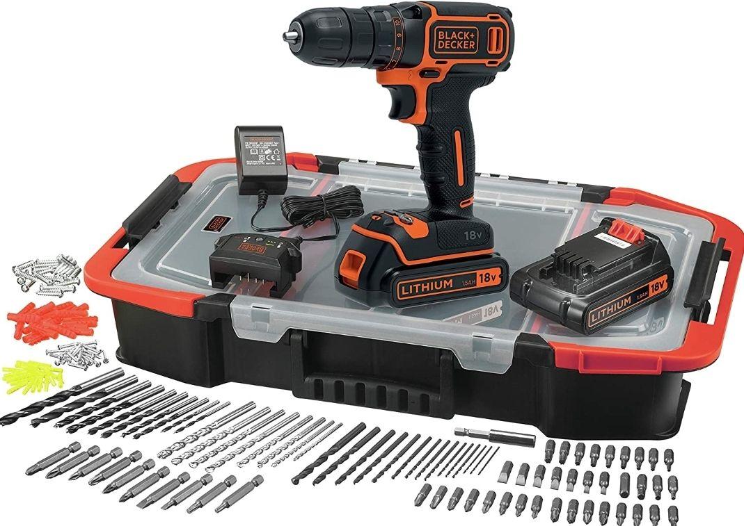 Coffret Perceuse sans-fil 18V Black + Decker BDCDC18BAST-QW - 2 batteries 1.5Ah, chargeur, 160 accessoires