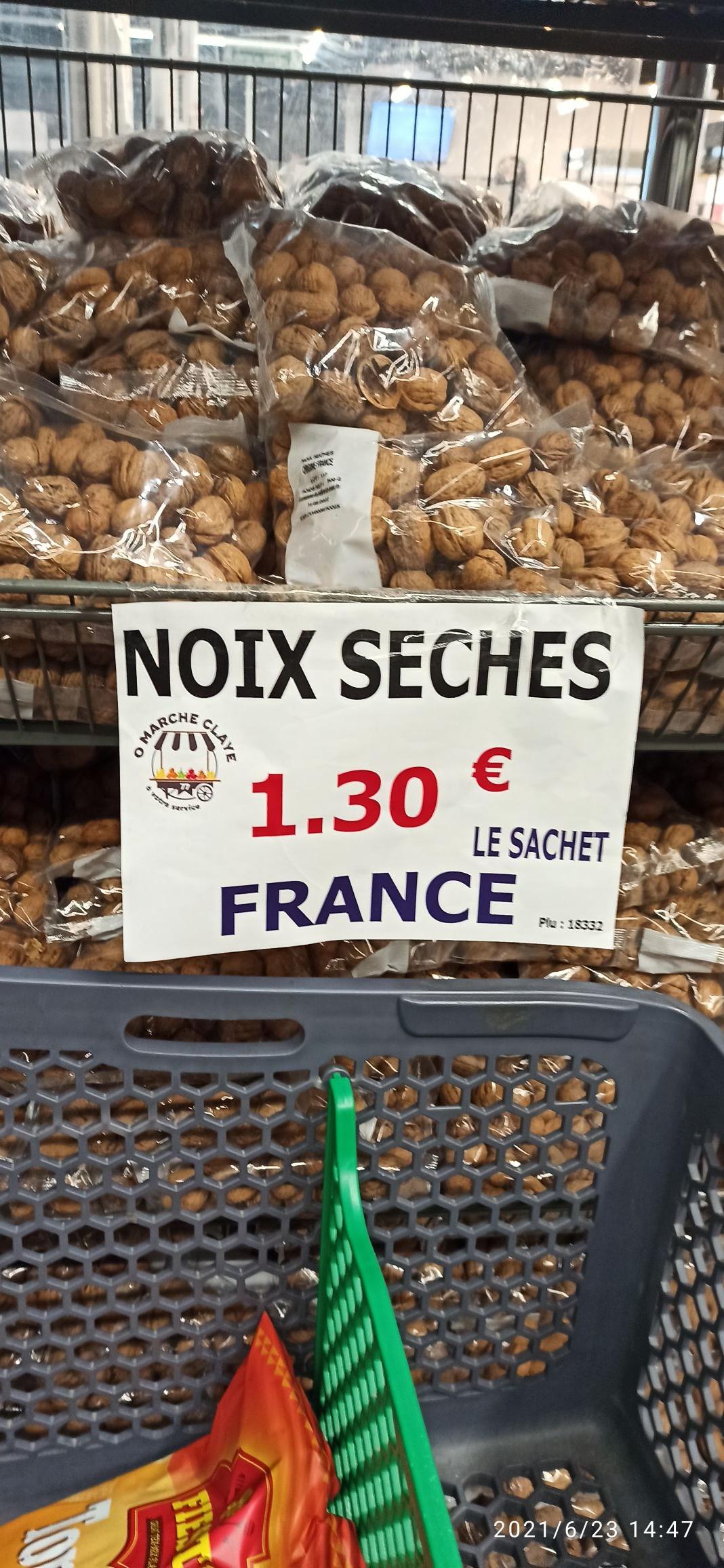Sachet de Noix sèches (500 g) - O'Marché Claye Souilly (77)